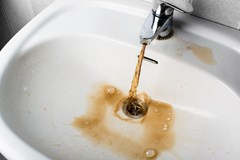 dirty water from sink corrosion rust in water