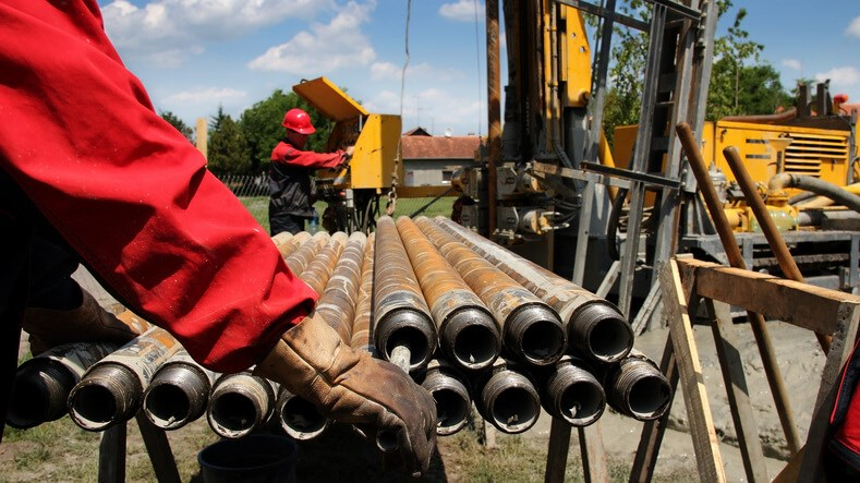 Choosing Drill Rods for Trenchless Tunneling