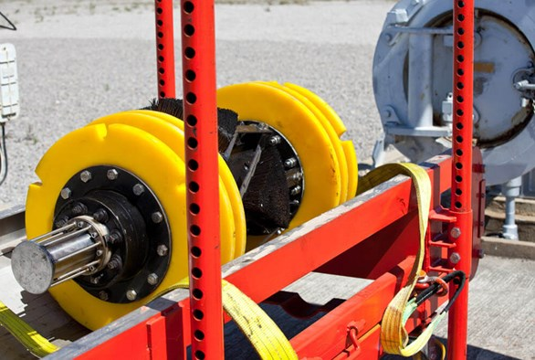 Understanding the Differences Between Pigging and Robotic Pipe Inspection Methods